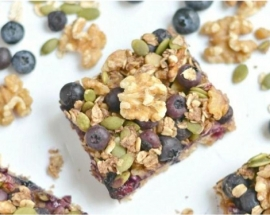 California Walnut And Blueberry Breakfast Bars