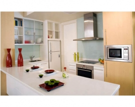 OPEN WIDE: MAKING A SMALL KITCHEN FEEL MORE SPACIOUS