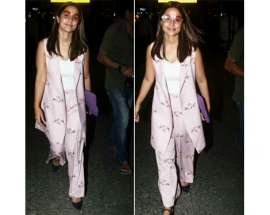 Hina Khan spotted in pasha India outfit at airport