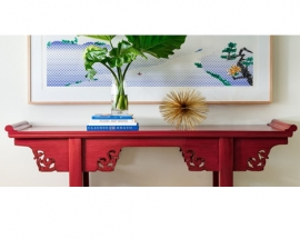 CREATIVE IDEAS FOR STYLING A CONSOLE TABLE