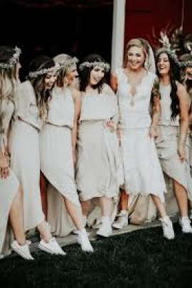 Effortless Ways to Wear a Dress with Sneakers on Your Wedding Day